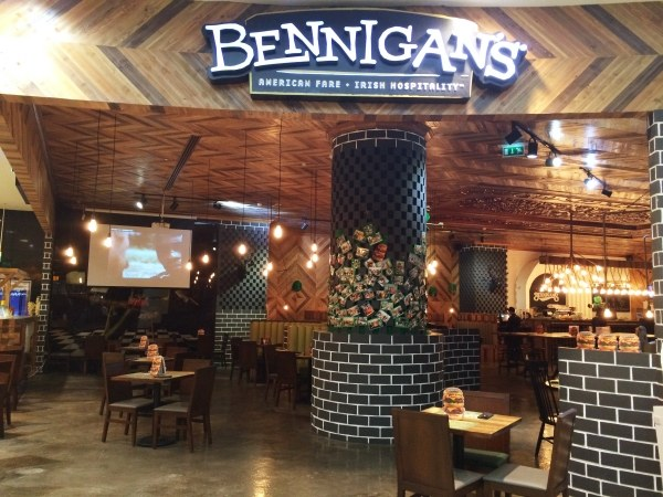 Popular American Restaurant Bennigan's launching in Pakistan